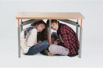 Mesa a prueba de terremotos